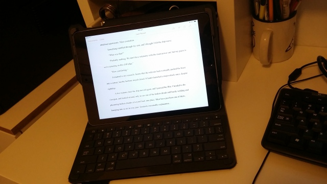 Ipad with bluetooth keyboard for writing